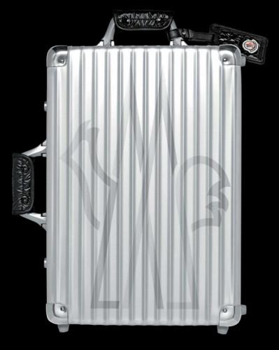 Moncler × Rimowa Classic Flight Suitcase