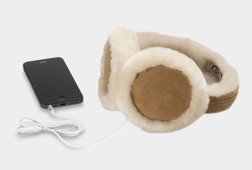 UGG Classic Earmuff w/Speaker Technology