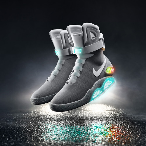 2015 Nike Mag