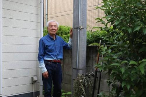 自家用の電柱を立てる日本のオーディオマニアたち