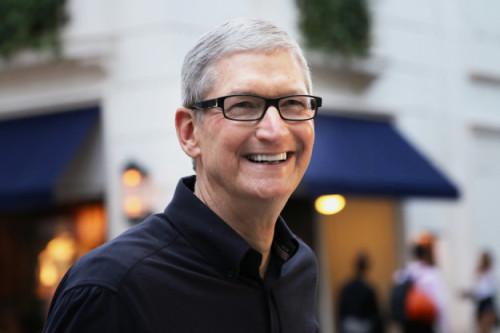 BuzzFeed Japan、Apple CEO ティム・クックへのインタビューを掲載